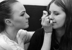 Chyby, kterých se dopouštíme při líčení očí
